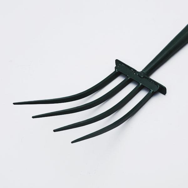 四本爪フォーク