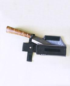 【背丸片刃鉈】専用の鞘付き
